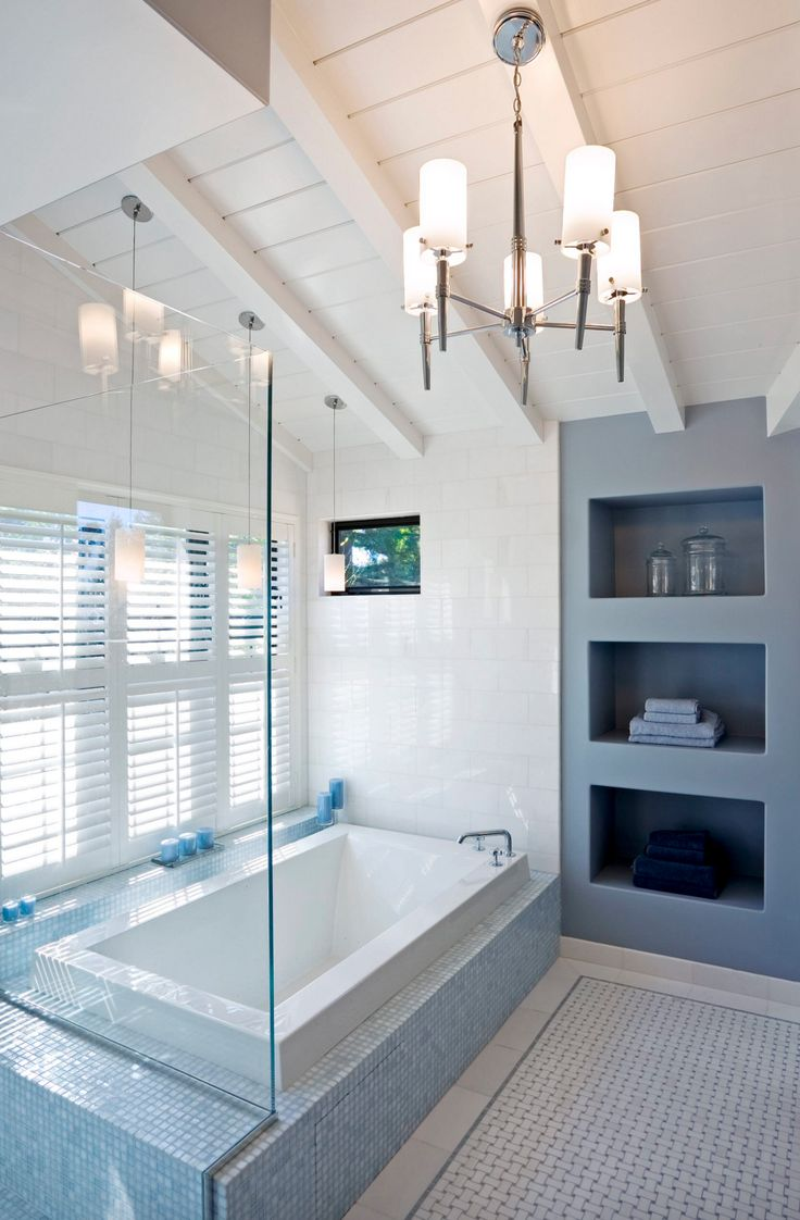 Stunning modern bathroom designed with our Origami drop-in bathtub. It really is all you need for a #spabathroom feel! Learn more about this tub collection here : http://www.bainultra.com/therapeutic-baths/our-collections/origami/origami-6636-original-series