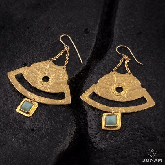 Oro orecchini pendenti , disegno geometrico, orecchini lunghi , pietra preziosa Amazzonite , dicembre birthstone , progettazione urbana , bohemien