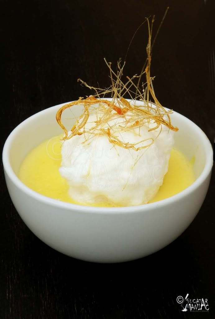 "Lapte de pasăre - literally ""bird's milk"", vanilla custard garnished with ""floating islands"" of whipped egg whites."