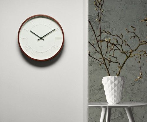 Reloj mr. white roman numbers, wooden case #karlsson #relojes #watches #wooden #minimal #fashion clocks #deco Present Time