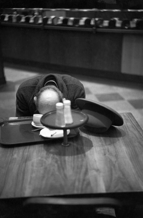 Henri Cartier-Bresson - Brooklyn, New York, 1947.