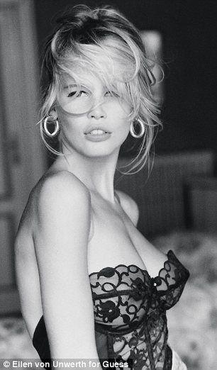 Claudia.: Guess Campaigns, Claudia Schiffer, Guess Girls, Claudia Shiffer, Guess Ads, Beautiful People, Photo, Guess Models, Ellen Von Unwerth