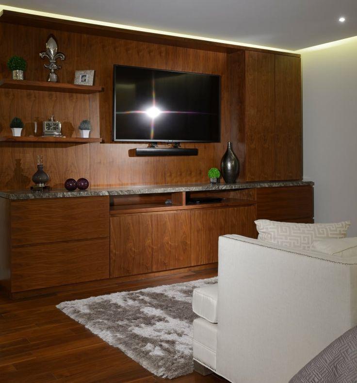 Navegue por fotos de Quartos  bege por VICTORIA PLASENCIA INTERIORISMO. Veja fotos com as melhores ideias e inspirações para criar uma casa perfeita.