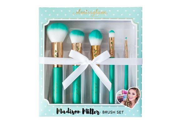 Inspired by the prettiness of Tiffany & Co. and made for one of my all-time favorite glam girls, Madison Miller! This beauty brush set brings together Madison's most loved color – teal – plus gold gla