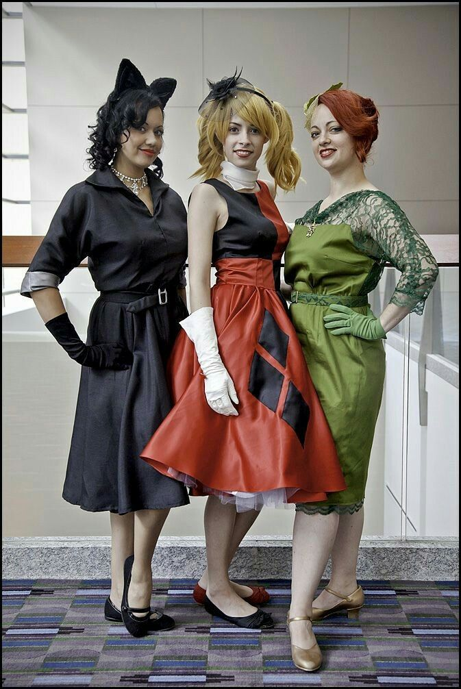 i like what these three girls did with their costumes 50s style batman villainesses - Halloween Costumes Three Girls