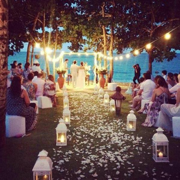 Heiraten Am Strand Hier Sind 37 Super Bilder Archzine Net Hochzeit Draussen Nacht Hochzeit Hochzeit