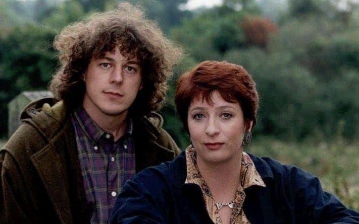 Caroline Quentin and Alan Davies in 'Jonathan Creek'