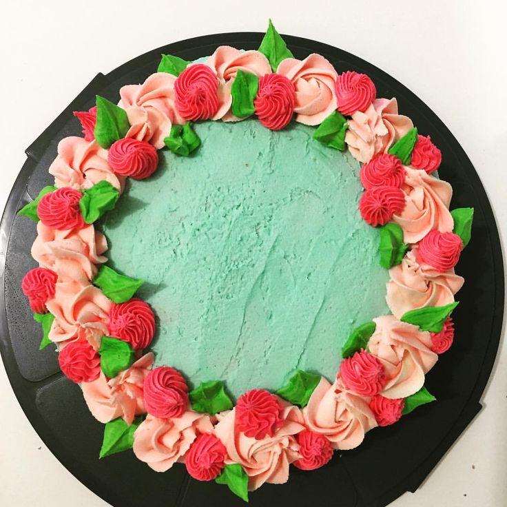 11 besten Cakes Bilder auf Pinterest | Hochzeit cupcakes, Kronen und ...