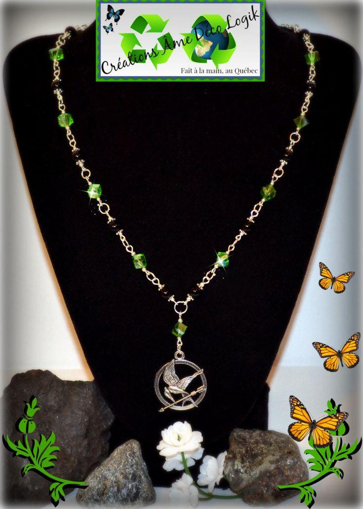 Collier inspiration Hunger Games cristaux verts et perles noires de la boutique AmeDecoLogikFB sur Etsy