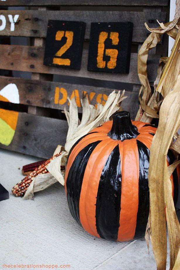 Easy No-carve Stripe Pumpkins & Halloween Countdown | TheCelebrationShoppe.com #Halloween #pumpkins #pumpkindecorating #stripes