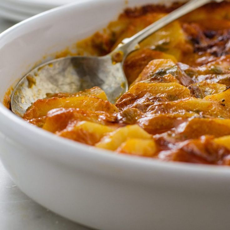 Spicy potato bake – the perfect accompaniment to a braai.