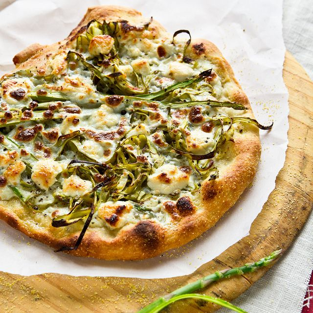 shaved asparagus pizza ricOtta gOat cheese