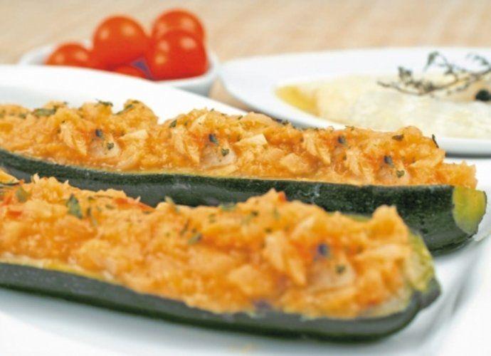 Calabacín relleno de bacalao para #Mycook http://www.mycook.es/cocina/receta/calabacin-relleno-de-bacalao
