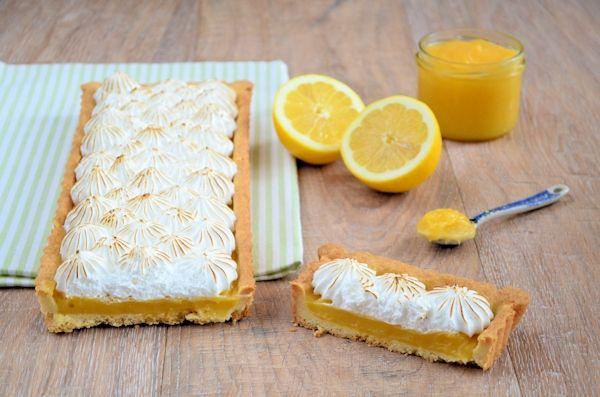 Een lekkere fris-zure taart deze lemon meringue pie. Het recept staat hier online met handige bakinstructies. Perfect voor zomerse dagen.