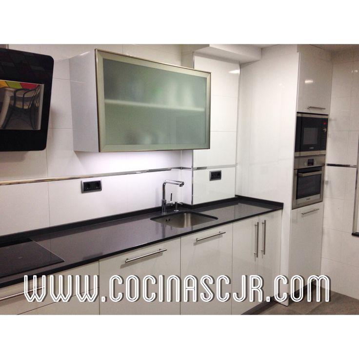 Cocinas blanco cocinas blanco lacado dfr muebles de for Muebles capitol