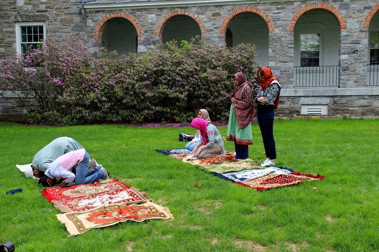 At Middlebury College, Muslim Chaplaincy Is A Husband And Wife Affair - http://trendingchristian.com/at-middlebury-college-muslim-chaplaincy-is-a-husband-and-wife-affair/