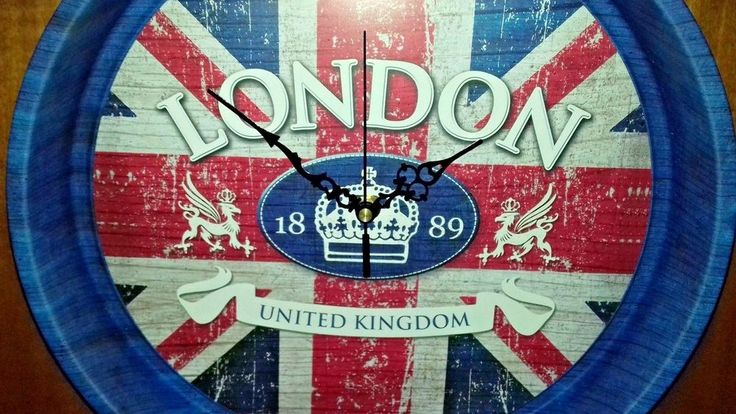 Tray Wall Clock  Metal  **LONDON UNITED KINGDOM 1889** diameter 33cm X 5,5cm th #Handmade #LONDONUNITEDKINGDOM