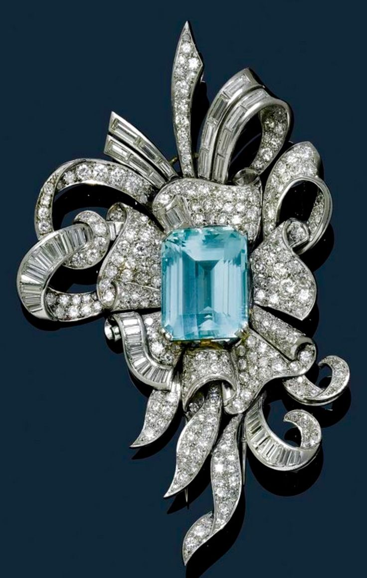 1945 Aquamarine and Diamond Brooch