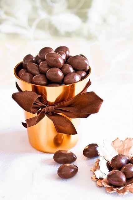 chocolate almonds