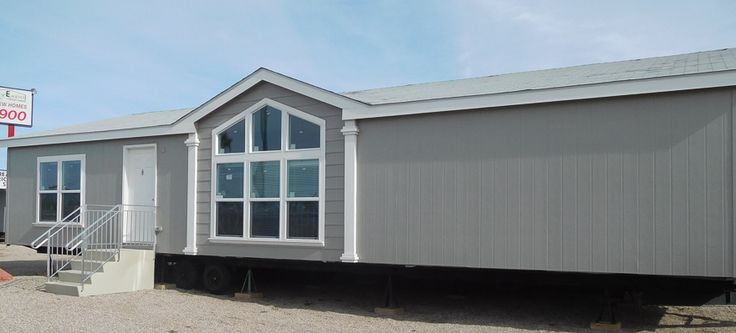 Arrow Canyon Model Home | Factory Expo Outlet Center has a variety of brand new manufactured homes and mobile homes for sale at an unbeatable value. Call us today! 1-800-897-4321