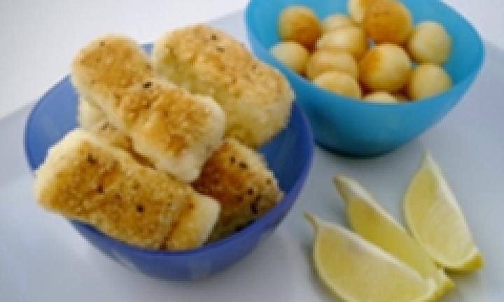 Perfect for toddlers or finger food at your child's birthday party, these fish bites are really simple to make and taste great! Get the kids to help you crumb the fish.