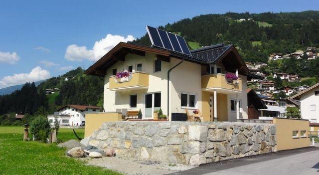 Apart Pecar - #Apartments - $81 - #Hotels #Austria #Hippach http://www.justigo.ca/hotels/austria/hippach/apart-pecar_41778.html