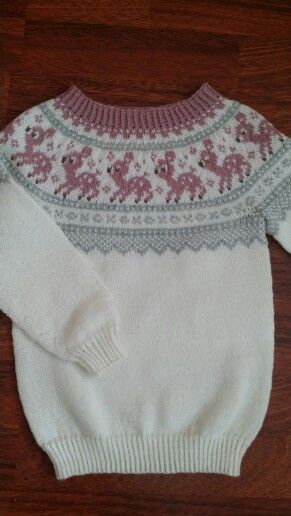 Size 5 years, wool