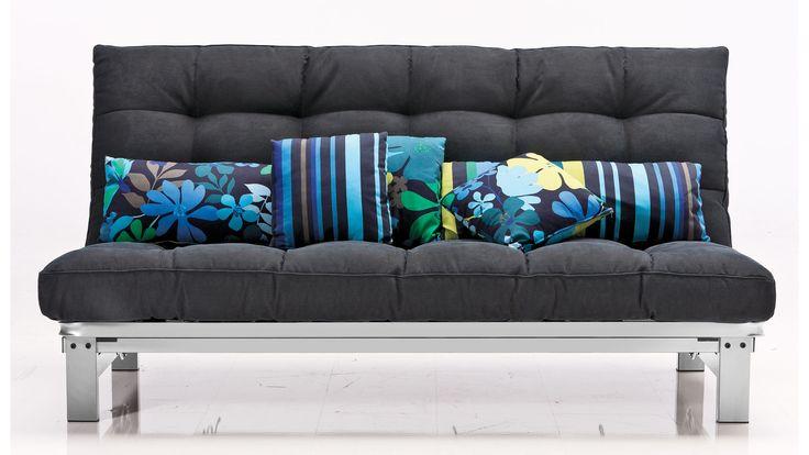 Garantiert komfortabel können bis zu drei Personen auf diesem anthrazitfarbenen KAWOO Sofa Platz nehmen. #sofa #couch #schlafsofa #funktionssofa #schlafen #home #ideas