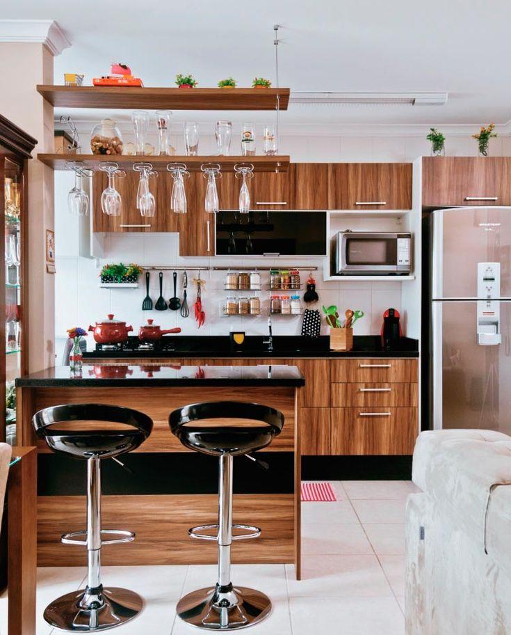 30 cozinhas pequenas e coloridas - Casa                                                                                                                                                                                 Mais