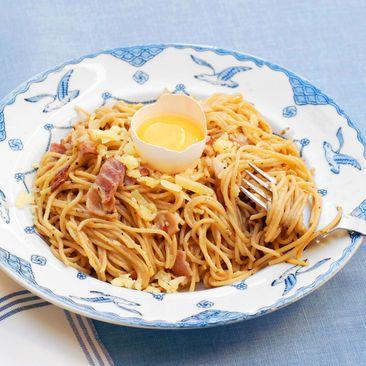 Recept på Spaghetti Carbonara med vitlök recept - MatHem