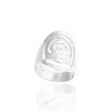 A sterling silver oval shaped ring inspired by the famous ancient greek design, the Circle of Life. Symbol of the infinity of things in the universe and the cyclical nature of life in ancient Greece, this hand carved ring will make a versatile and beautiful addition to your collection. The cool silver and the gentle hammered finish gives the ring a modern and rustic quality, making it a great piece of jewellery for all occasions. Combine it with greek design polished sterling silver…