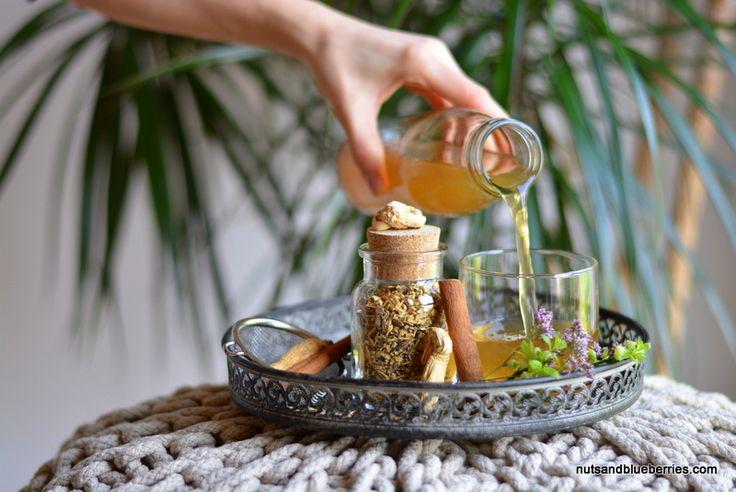HEALING GINSENG TEA / HEILENDER GINSENG TEE. Read more / Lese mehr: http://nutsandblueberries.com/ginseng/