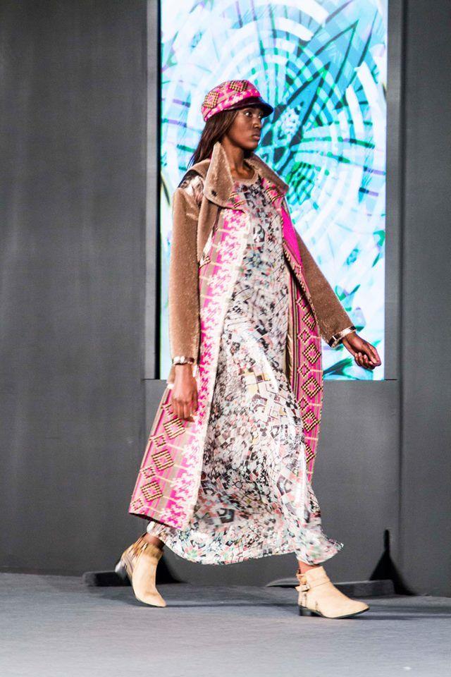 Pasarela Custo Barcelona / Modelo: Eva Santos www.aemodels.co