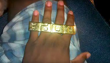 https://images.complex.com/complex/images/c_limit,w_381/fl_lossy,pg_1,q_auto/mlehlakdcyou6olechc0/80-greatest-80s-fashion-trends-four-finger-ring