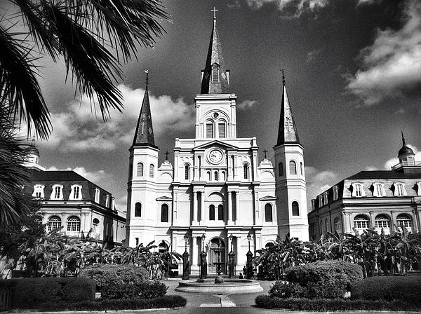 A black and white of the jackson square saint louis cathedral in new orleans