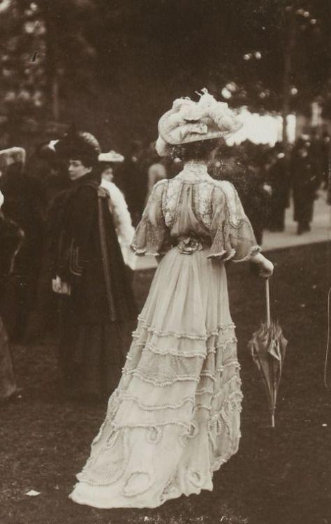 ANTIQUE-ROYALSANTIQUE-ROYALS France ,1900
