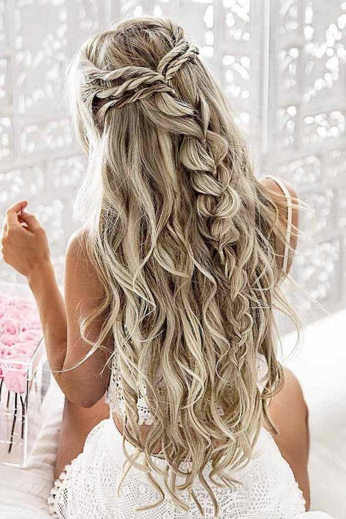 Cérémonie coiffure de mariée avec diadème et voile mariage chic tresse déco...