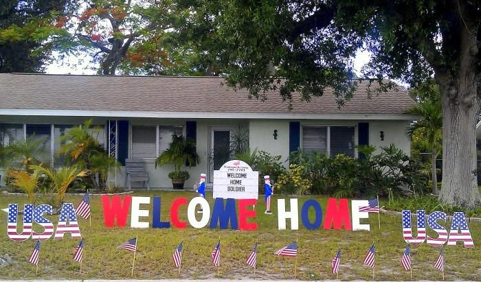1000 ideas about welcome home surprise on pinterest for Welcome home soldier decorations