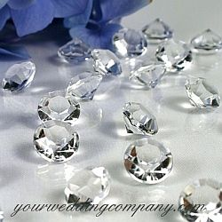 Add a little sparkle to your wedding reception tables with these 6-carat (12mm) acrylic diamonds.  Scatter this unique table confetti with rose petals for a summer wedding or use alone for an icy winter-wedding look or diamond-themed wedding.