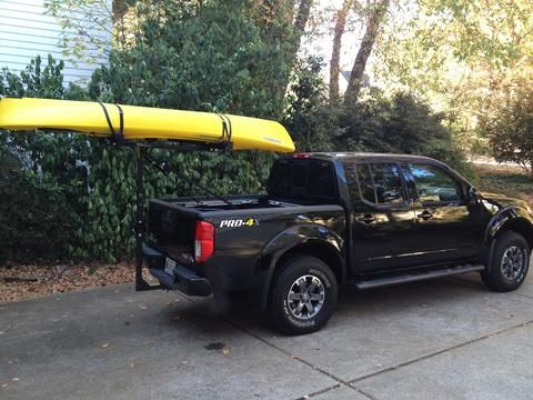Nissan Frontier Pro 4x >> Hitchmount-Rack with kayak on a Nissan Frontier Pro-4X | Nissan