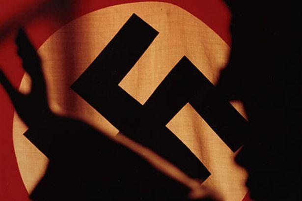 """Από πού προέρχεται η έκφραση - σύνθημα της Νεολαίας του Χίτλερ. Από τα πρώτα μαχαίρια, στη γέννηση του δικτύου και το """"βατερλό"""" των νεοναζί."""