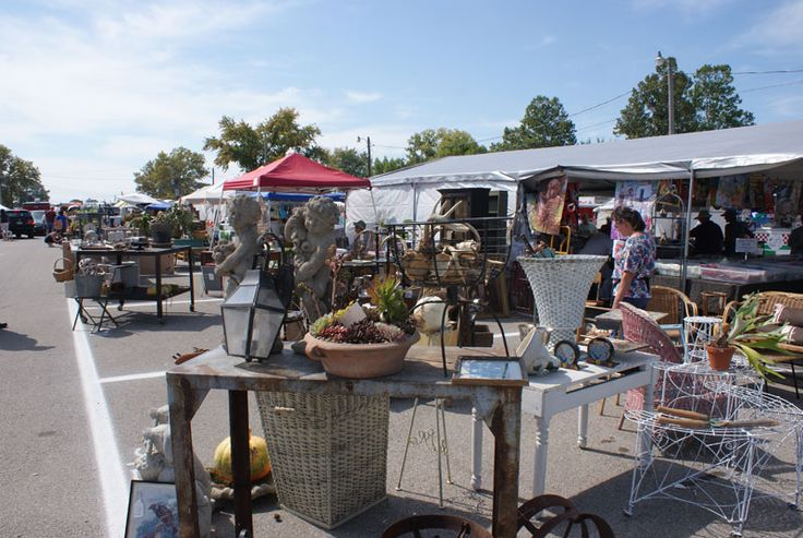 Springfield Antiques Show & Flea Market - Springfield Ohio