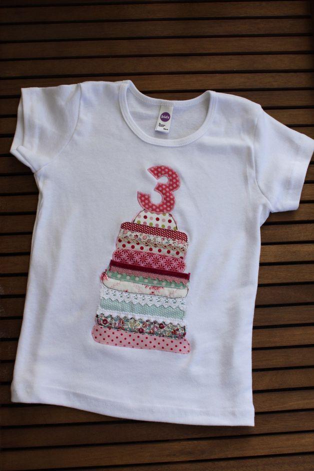 """T-Shirts - T-Shirt """"kunterbunte Geburtstagstorte"""" - ein Designerstück von…"""