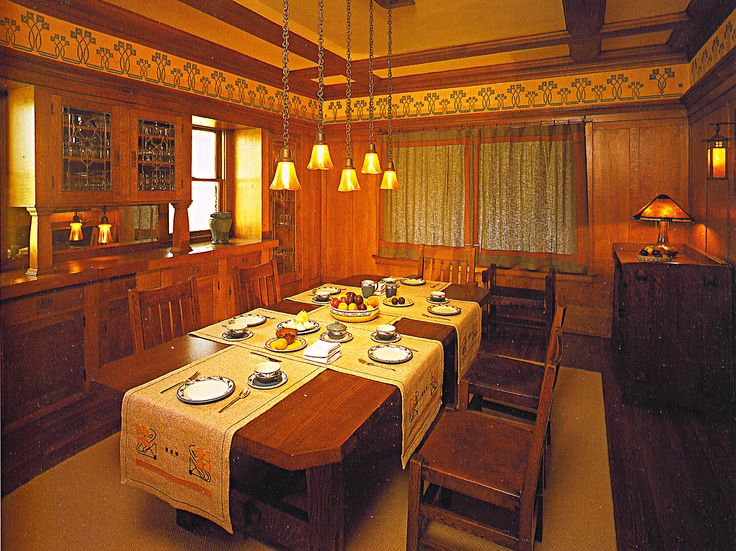small bungalow dining room 86 best bungalow images on pinterest craftsman homes craftsman