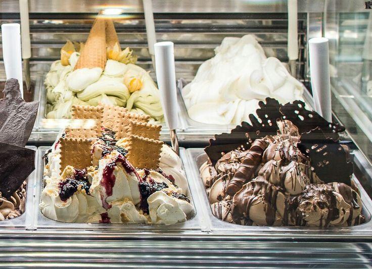 Ice Cream Vitrine