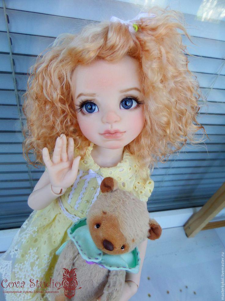 Купить или заказать Шарнирная кукла из молда Марьяна в интернет-магазине на Ярмарке Мастеров. Сделаю на заказ куклу из молда Марьяна. Смола-нормал Отливается из полиуретана на производстве. Рост 42см. Кукла имеет 14 шарнирных соединений.В локтях и кленях двойные шарниры,что позволяет кукле принимать почти все человеческие позы.Дарят отличную подвижность и устойчивость. Кукла собрана на круглую резинку толщиной 4мм. Крышка головы на магнитах,позволяет легко менять глаза,на понравившиеся.