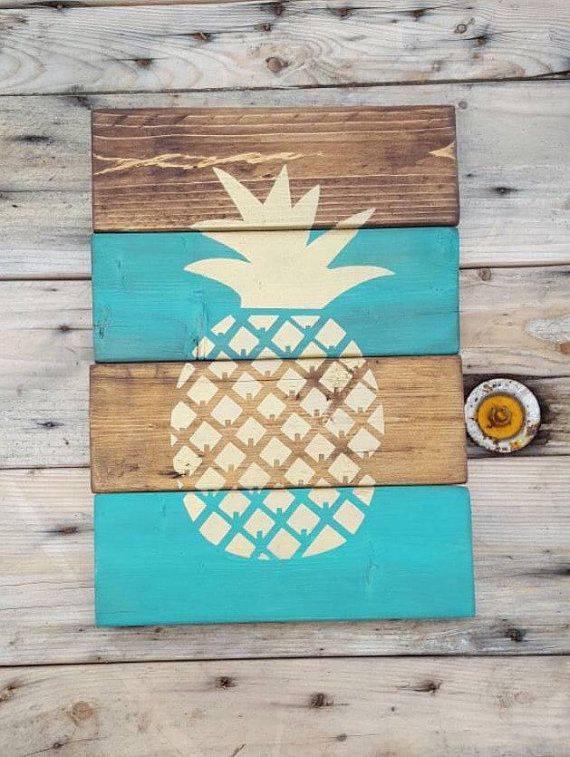 Wood sign Pineapple sign Pineapple pallet sign by CountryPallets