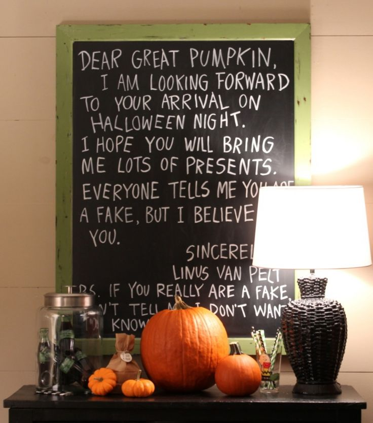 It's the Great Pumpkin Charlie Brown #halloweenchalkboard