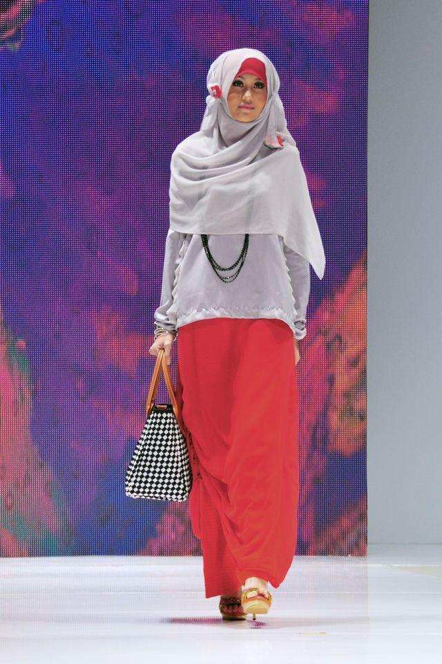 Pada 2012 Nurul membuat brand: NRL'Nurul Auliani yang launching di acara Indonesia Islamic Fashion Fair 2013.