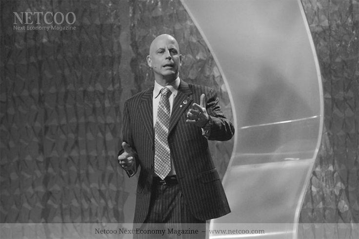 """Randy Gage ist eine Network Marketing-Ikone. Wer den Vertriebsprofi schon einmal live gesehen hat, kann seine Motivation bis in die Fingerspitzen spüren. Jetzt kommt Randy Gage nach Deutschland und lädt zum """"Network Breakthrough"""" am 8. Juli und zum """"Leadership Breakthrough"""" am 9. Juli 2017 nach Offenbach (Frankfurt am Main) ein. Randy Gage ist Verfasser von […]"""